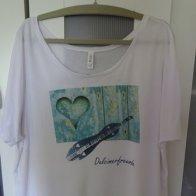 T-Shirt 2_komplett_vorne_web klein.JPG