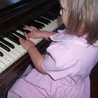 More piano notes