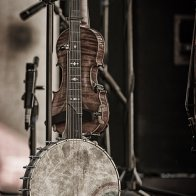 My banjo Bills fiddle