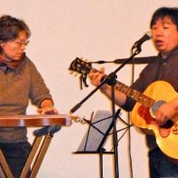 Concert before screening Hearts of the Dulcimer