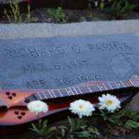 2016 RF grave with dulcimer.jpg
