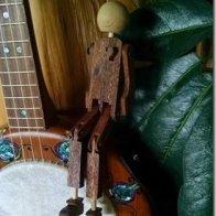 Willie on the banjo 3.jpg